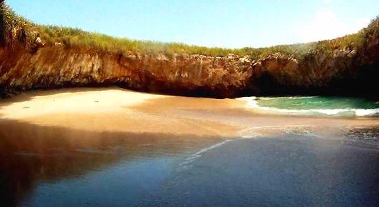 """玛丽埃塔岛:藏在小岛""""肚子""""里的人间仙境"""